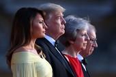Chùm ảnh: Toàn cảnh ông Trump và phu nhân đến Anh