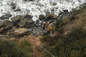 Cô gái sống sót kỳ diệu sau 7 ngày xe lao xuống vách núi