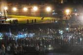 Biểu tình sau thảm họa tàu lửa lao vào đám đông ở Ấn Độ