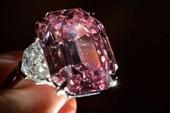 Choáng với viên kim cương hồng giá 1.160 tỉ đồng