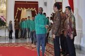 Mỗi cầu thủ Indonesia được Tổng thống tặng 15 ngàn USD