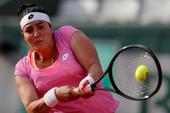 Tay vợt nữ đạo Hồi làm nên lịch sử ở Roland Garros
