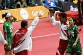Trọng tài bênh vực chủ nhà Malaysia, Indonesia bỏ giải