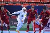 Việt Nam dừng bước tại bán kết trước nhà vô địch