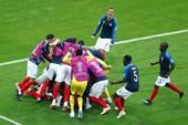 Rượt đuổi ngoạn mục, Pháp 'tiễn' Messi và Argentina về nước