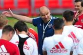 Bí ẩn 'thầy phù thủy' tuyển Nga trước trận gặp Tây Ban Nha