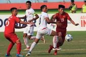 U-16 Lào 'tự sát', Việt Nam không may mắn như Malaysia