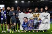 Cầu thủ Leicester City thực hiện trọn lời hứa với ông Vichai