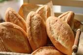Ai bánh mì nóng giòn đây...