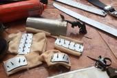 Mang bom xăng vào sân hội trường Thành ủy Vũng Tàu quậy