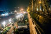 Chủ tịch TP Hà Nội chỉ đạo làm rõ việc bảo kê ở chợ Long Biên