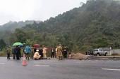 Tạm giữ tài xế tông tử vong 5 công nhân