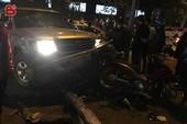 Tạm giữ tài xế say rượu, tông 9 người trên phố
