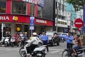 Ô tô dừng bên trái đường một chiều có bị phạt?