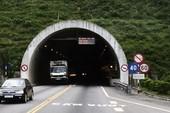 Những điều cần biết khi lái xe ô tô trong hầm đường bộ