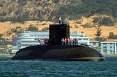 Chạy thử tàu ngầm Kilo Hà Nội