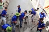 Đoàn Thanh niên phường làm đường cho dân