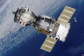 Ba nhà du hành bắt đầu sống 1 năm trên vũ trụ