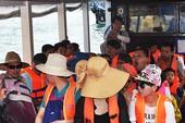 Dẹp nạn người Trung Quốc thao túng du lịch