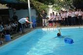 Dự án xây trường học mới phải có hồ bơi