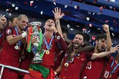 Giọt nước mắt hạnh phúc của Ronaldo