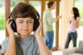 Định kiến cũ gây xung đột trong nhiều gia đình