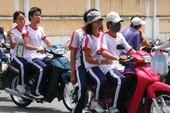 Để học sinh đi xe máy, người cho mượn cũng bị phạt