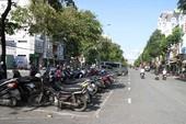 Cần Thơ: Lòng đường thành bãi giữ xe