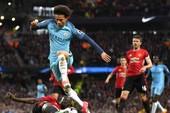 Derby Manchester: Mou hơn võ mồm, Pep hơn gì?