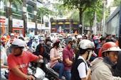 Đến phố đi bộ Nguyễn Huệ không có chỗ gửi xe