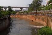 Dân gánh ô nhiễm vì  8 năm vẫn chờ dự án