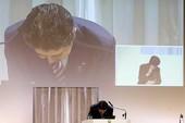 Ghế thủ tướng Nhật lung lay vì phu nhân
