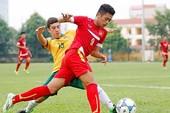 Thầy Park chê, báo Hàn khen cầu thủ trẻ Việt