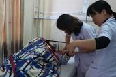 Gắn nút khẩn cấp chống bạo hành trên người bác sĩ