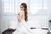 Người mẫu Huyền Phương: 'Tôi cũng đã bị sàm sỡ và dụ dỗ...'