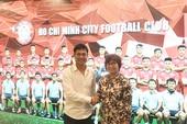 Hữu Thắng và bà Mae Mua về điều hành CLB TP.HCM