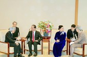 Chủ tịch nước hội kiến nhà vua Nhật