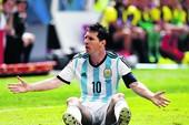 Argentina – Nigeria: Trên đôi vai của Messi...