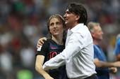 Modric: 'Tuyển Anh bị trả giá bởi các chuyên gia'