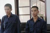 Án chồng án, 2 thanh niên dắt nhau vào tù