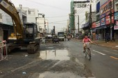 Mở rộng đường Tân Sơn, Phạm Văn Bạch