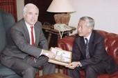 John McCain, người bắc cầu quan hệ Việt-Mỹ