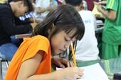 Lớp xóa mù chữ cho trẻ nghèo của cô giáo tay ngang