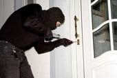 Trộm cắp tài sản nhiều lần, xử sao?