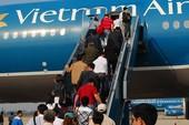 Giá vé máy bay tăng mạnh dịp cận Tết