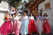 Hàn Quốc cấp visa 10 năm cho người Việt: Vừa mừng vừa lo