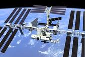 UFO 'bí ẩn' xuất hiện gần Trạm không gian quốc tế