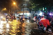 Bão không vào, trung tâm Sài Gòn bất ngờ bị ngập