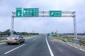 Cảnh báo nguy hiểm trên cao tốc vào thời điểm mưa lũ