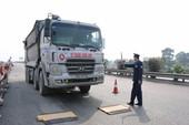 Hơn 800 tài xế bị tước giấy phép vì chở quá tải